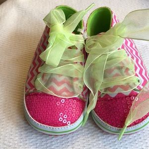 Baby girl shoes.